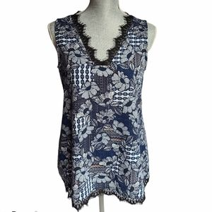 Faith and Joy V-neck Lace Trim Tank Top Size Small